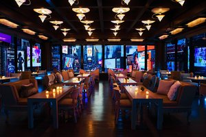 Restaurant - Renaissance by Marriott Hotel Times Square NYC