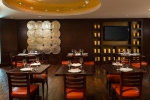 Restaurant - Marriott Hotel Reagan Airport Arlington