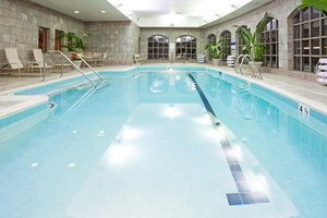 Pool - Holiday Inn Express Hotel & Suites Hagerstown