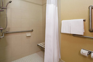 Room - Courtyard by Marriott Hotel Chesapeake
