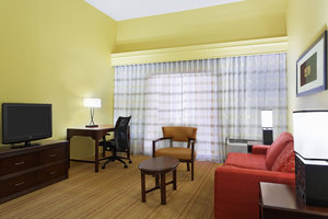 Suite - Courtyard by Marriott Hotel Chesapeake