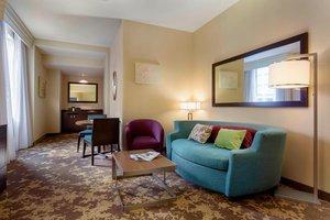Suite - Courtyard by Marriott Hotel Portland City Center
