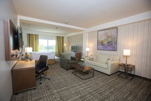Suite - Courtyard by Marriott Hotel Springfield