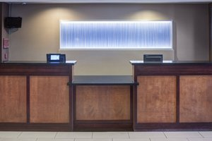 Lobby - Fairfield Inn & Suites by Marriott Fashion Center