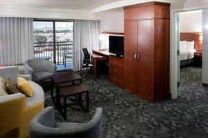 Suite - Courtyard by Marriott Hotel West Avondale Phoenix
