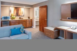 Suite - Courtyard by Marriott Hotel Portsmouth