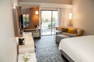 Room - Courtyard by Marriott Hotel Rocky Mount