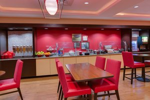 Restaurant - TownePlace Suites by Marriott Northwest Gainesville