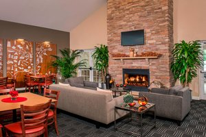 Bar - TownePlace Suites by Marriott Clinton