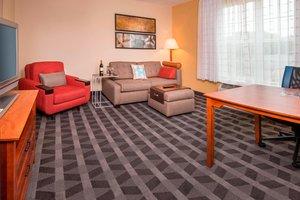 Suite - TownePlace Suites by Marriott Clinton