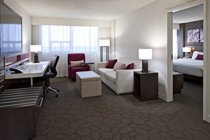 Suite - Delta Hotel by Marriott South Edmonton