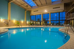 Pool - Holiday Inn Grantville