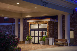 Exterior view - Holiday Inn Express Hotel & Suites Texarkana