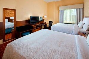 Room - Fairfield Inn & Suites Hobby Airport Houston