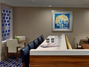 Lobby - Sonesta ES Suites Northeast Vancouver