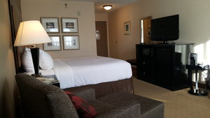 Room - Holiday Inn Canmore