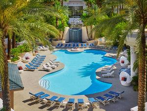 Pool - Four Seasons Hotel Las Vegas
