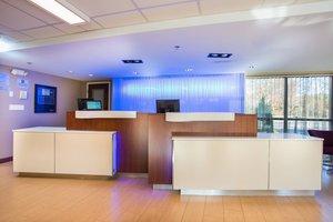 Lobby - Fairfield Inn by Marriott Middleboro