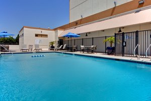 Pool - Holiday Inn LAX Airport Los Angeles