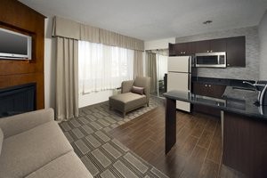 Suite - Holiday Inn Express at the Stadium Baltimore