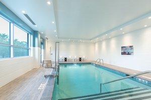 Pool - Holiday Inn Chelsea