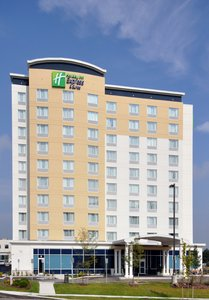 Exterior view - Holiday Inn Express Hotel & Suites Richmond Hill
