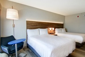 Room - Holiday Inn Express Hotel & Suites Richmond Hill