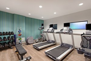 Fitness/ Exercise Room - Holiday Inn Express Los Angeles