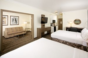 Suite - Holiday Inn Express Hotel & Suites Paso Robles