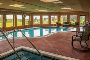Pool - Holiday Inn Express New Columbia