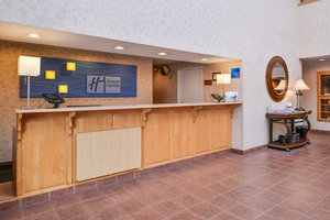 Lobby - Holiday Inn Express Hotel & Suites Bend