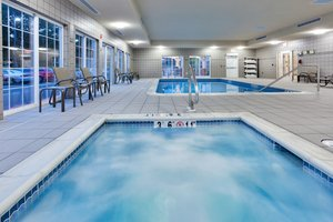 Pool - Candlewood Suites Northeast Harrisburg