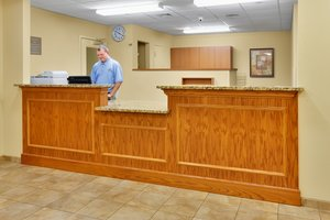 Lobby - Candlewood Suites Northeast Harrisburg