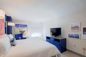 Room - Hotel Indigo Patriots Point Mt Pleasant