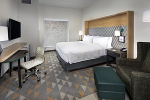 Room - Holiday Inn Hotel & Suites Airport Arden