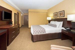 Room - Crowne Plaza Hotel Denver Airport