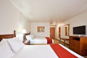 Room - Holiday Inn Express Hotel & Suites Mattoon