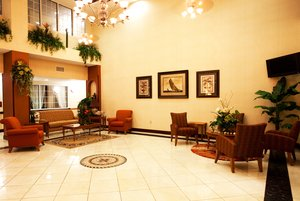 Lobby - Holiday Inn Express Hotel & Suites Spring Hill