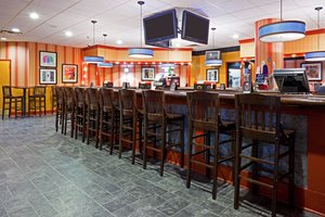 Bar - Holiday Inn Cherry Hill