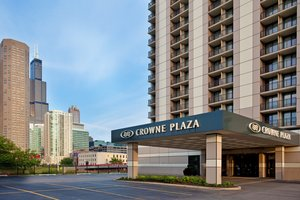 Exterior view - Crowne Plaza Chicago West Loop Hotel