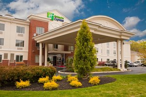 Exterior view - Holiday Inn Express Hotel & Suites Vineland