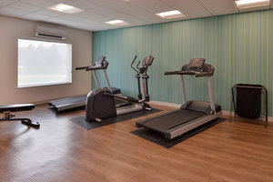 Fitness/ Exercise Room - Holiday Inn Express Hotel & Suites 120th and Maple Omaha
