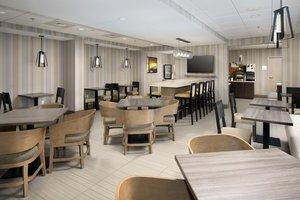 Restaurant - Holiday Inn Express Woburn