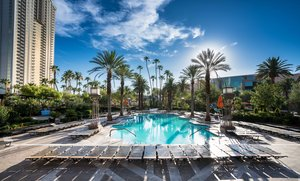 Pool - MGM Grand Hotel & Casino Las Vegas
