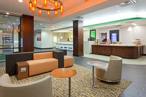 Lobby - Holiday Inn Clark