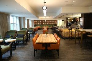 Restaurant - Hotel Indigo Naperville