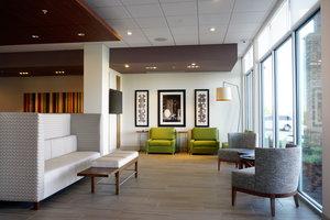 Lobby - Holiday Inn Express Hotel & Suites I Street Omaha