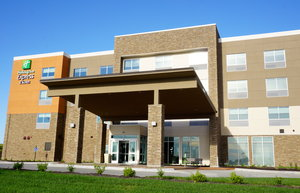 Exterior view - Holiday Inn Express Hotel & Suites I Street Omaha