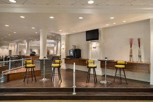 Lobby - Crowne Plaza Hotel Englewood