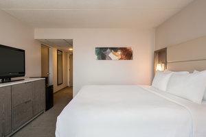 Room - Crowne Plaza Hotel Englewood
